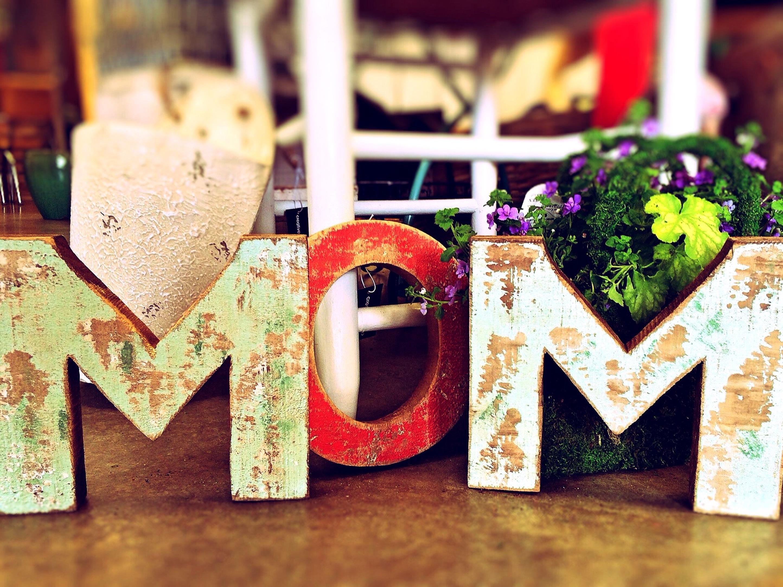 mom-759216.jpg